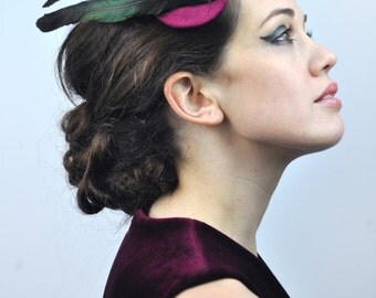 Elegant Fascinator with Trio of Magpie Tail Feathers in Plum and Black