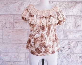 Mexican Blouse 70s Frill Top Hippie Boho Brown Floral Lace Hawaiian Blouse Ethnic Small some Mediums Lace Collar Blouse