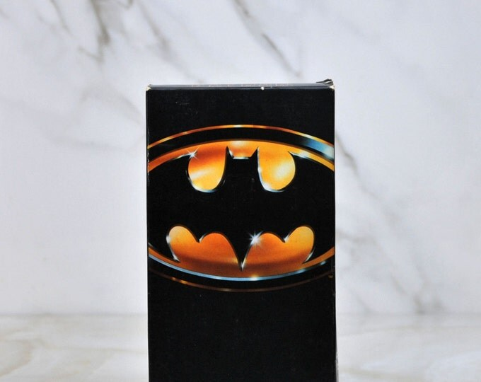 Vintage Batman VHS Tape 1989 - Action - Adventure - Super Hero - DC Comics - Robin - Gotham City - Jim Gordon - Dark Knight - Joker - Bat
