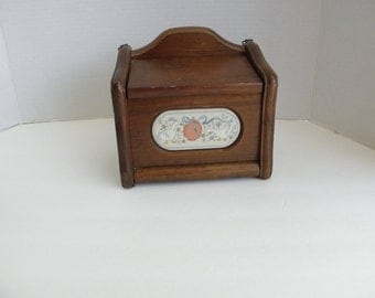 Wooden Recipe Box with Lid Marmalade by International 8868