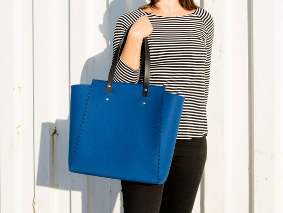 Extra large felt TOTE BAG / blue felt tote bag / blue felt shopper / shopping bag / felt shoulder bag / carry all bag / made in Italy