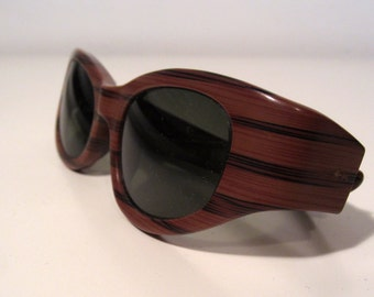 1960's vintage faux wood grain sunglasses by Victory