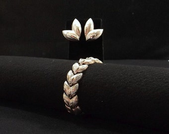 MONET Silver Tone Leaves Bracelet and Earring Set