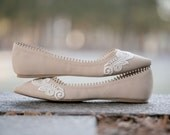 Nude Wedding Flats, Ballet Flats, Nude Bridal Flats, Wedding Shoes, Bridal Shoes, Flat Wedding Shoes, Nude Flats with Ivory Lace. US Size 8