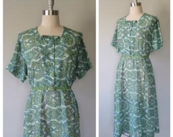 40s floral dress plus size / vintage day dress