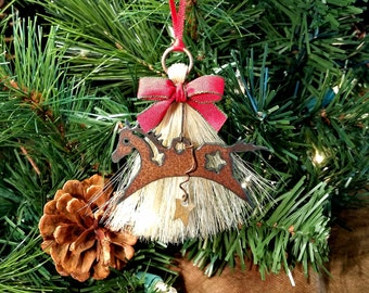 Rustic Primitive Spirit Horse Horsehair Tassel Christmas Holiday Ornament with Star