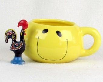 Vintage Smile Face Container - Planter - Candy Jar - Bright Yellow Kitsch - Happy Vintage Home Decor