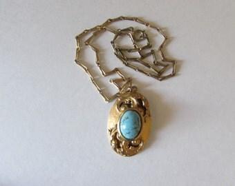 1960's Necklace Blue Stone Goldtone Retro Vintage  pendant