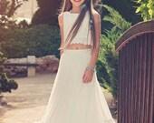Boho-chic Flower Girl Dress//Boho Girls Outfit //Junior Bridesmaid Dress //Boho skirt and top set // Bohemian flower girl // vintage wedding