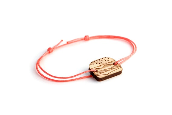 Burger bracelet - 25 colors - graphic food - hamburger bangle - adjustable length - lasercut maple wood - unisex jewelry - customizable