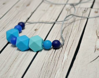Teething Necklace - Chewelry - Teething Jewelry - Blue Bite Beads - Silicone Teether