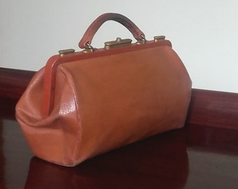 Stunning Antique French Leather Doctor's Bag - Travel Bag - 1900s- Carry On Bag - Beautiful Pebbled Aged Mahogany Leather