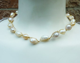 Antique Ivory and Pale Pink Gold Wire Twisted Pearl Necklace