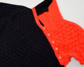 Vintage rad 80s 90s Knitted Jumper Sweater red black geometric