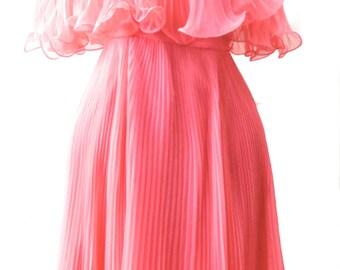 Vintage Fifties Bubble Gum Pink Pleated Dress Size 4