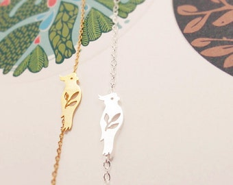 Parrot anklet, Bird Jewelry, Animal Pendant, Tiny Parrot anklet, Leaf and Bird, Nature anklet, summer anklet