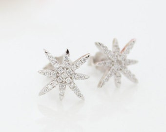 Pavé star stud earrings • Tiny crystals paved star stud earrings • Minimalist silver star earrings • Valentine's gift