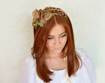 Gold flower crown, Woodland hair crown, Bridal hairpiece, Gold wedding headpiece, Fairy hair accessories, Gold tiara, Woodland wedding