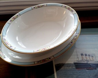 Vintage Meito Hand Painted Bone China Art Deco Pattern / Serving Dish with Plate/ 2 pc Set