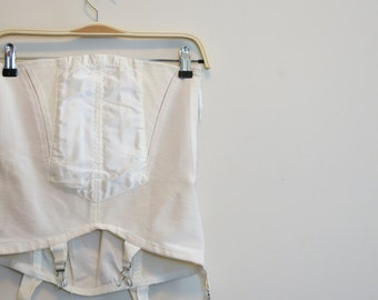 Girdle open bottom with metal garters 1950s vintage pinup lingerie white 31 M