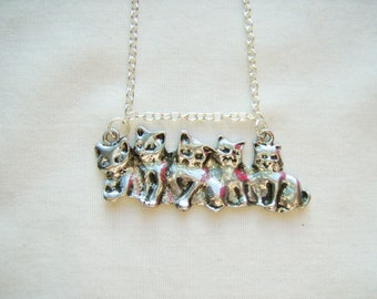 Cats kittens pendant necklace - metal cat jewelry - cat kittens pendant - cat jewelry - kitten jewelry - cat necklace - cat themed gift