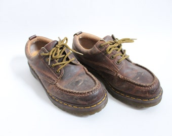 Dr. Martens Leather 90s Oxfords