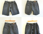 Vintage Men's Grey-Black Denim Shorts // 80's-90's // Hunt Club (32 X 8.5)