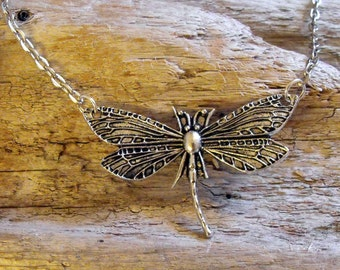Dragonfly Necklace, Pendant, Nature, Woodland, Dragonfly jewelry, Antique Silver Dragonfly