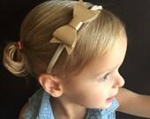 Baby Bow..Bow Headband..Baby Girl Headband..Gold Bow Headband..Baby Headband..Toddler Headband..Infant Headband.. Baby