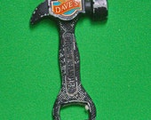 DMu2123 - Vintage Dave's Brand Cigarettes Metal Hammer-Shaped Magnet Bottle Opener