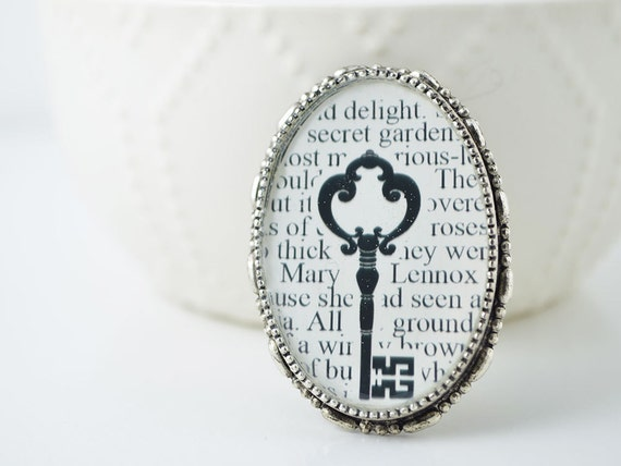 Literary Jewelry - Secret Garden Book Brooch - Skeleton Key Jewelry - Book Lovers - Secret Garden Jewelry - Gifts for Readers