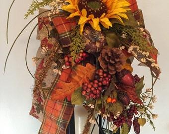 AUTUMN'S PALETTE - Decorative Fall / Thanksgiving Lantern Swag Decoration