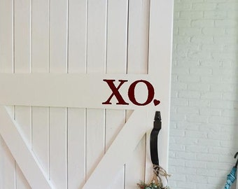 XO Valentines Day Front door decal  heart Love welcome Vinyl Lettering family home words wall decals quotes graphics Home decor decal custom