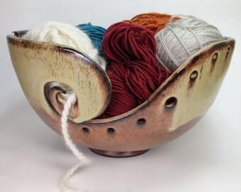 MADE TO ORDER, Knitting Bowl, Ceramic Yarn Bowl, Crochet Bowl, Yarn Holder, Gifts for Knitters, Pottery Yarn Bowls, Clay Yarn Organizer