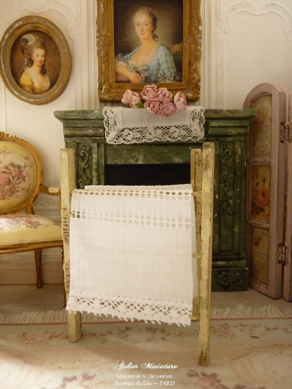 Stendibiancheria in legno shabby chic giallo accessori for Scala in legno shabby