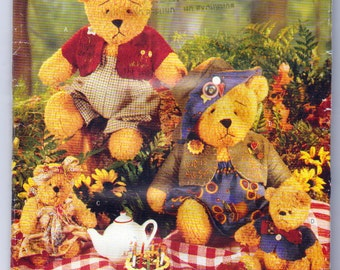 Beardeaux Bear Family Sewing Pattern, Butterick 141, 4 bears with Removable Clothing, 15 Inch Bears and 7 and a Half Inch Bears and Clothes