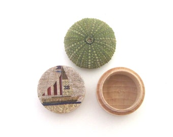 Wood pill box , small ring  box,  little boat pocket pillbox,  wood pill case ,  little fairy box pill box for travel , round trinket box