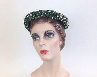 50s Whitsitt Emerald Green Sequin Juliette Cap / 1950s Vintage Beaded Metallic Fascinator Hat
