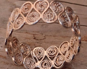 Vintage silver filigree Band ring