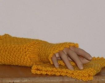 Leg warmers in Orange