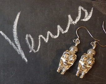 Venus of Willendorf Fertility Goddess Earrings Silver Tone