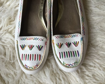 Vintage Embroidered Flats