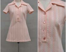 Vintage dress top, 1960's / 70's shirt style, tunic top, Pretty pink / white woven design, Dagger collar, Micro mini dress, Mod