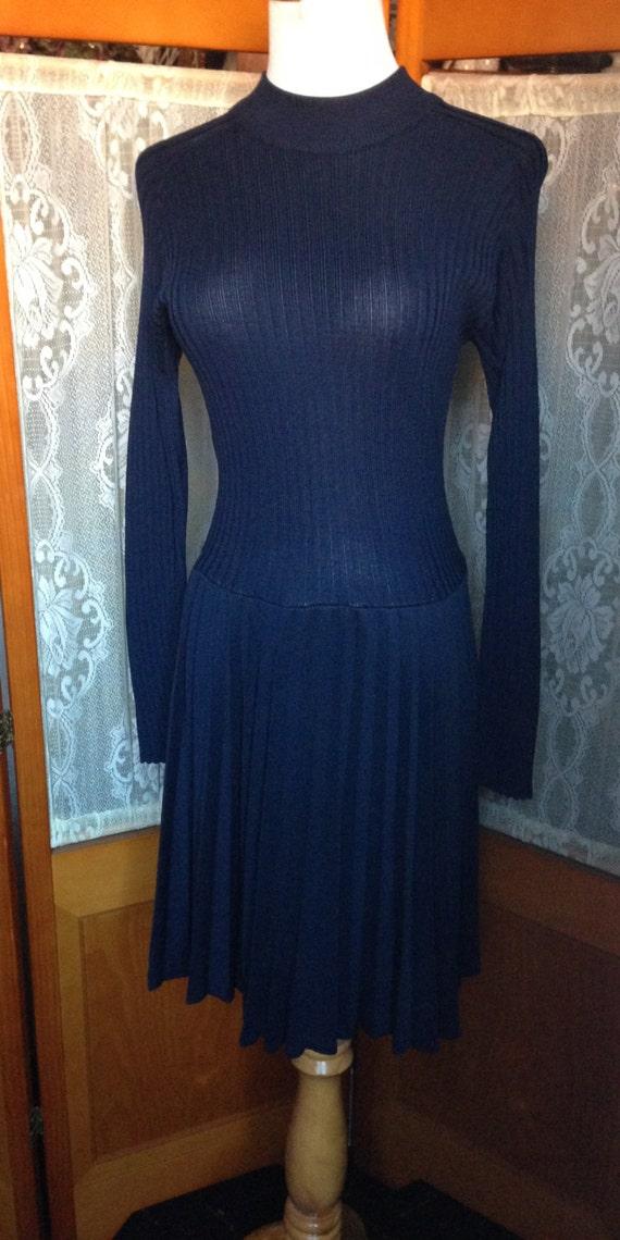 SALE Vintage 60s Susan Thomas Navy Blue Long Sleeve Knit Dress with Pleated Skirt Size Small