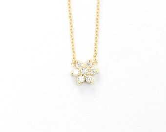 Diamond Clusters Flower Pendant Necklace In 14k Solid Gold