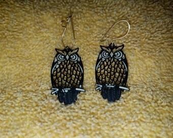 Vintage Metal Dangling Owl Earrings