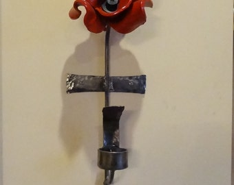 Wall bracket to display your Tower of London poppy WITH tea light holder