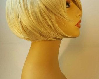 Short Blonde Wig, Short Blonde Bob, Blonde Bob, Blonde Bob with Frame Framing Layers, Short Layered Bob, Stacked Blonde Bob