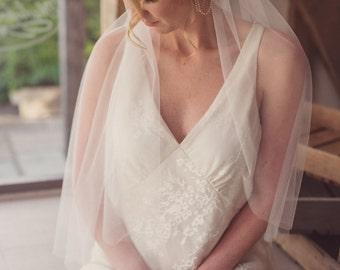 Simple Juliet cap veil, ivory veil, like silk tulle, soft veil, raw edge, 1920s, 1930s, boho, fingertip, waltz, chapel, cathedral length