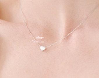 Minimal Dainty Pretty Simple Silver Heart Necklace